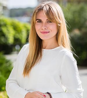 Анна Олефіренко